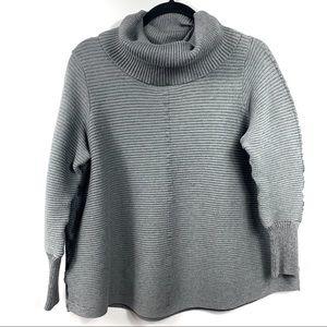 Sweaters - EUC 1XGrey Knit Cowl Neck Long Sleeve Ribbed Sweat